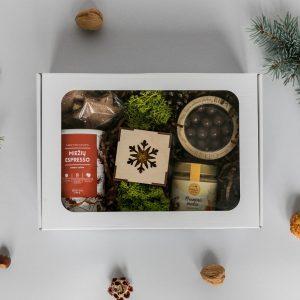 Kalėdinė dovanų dėžutė 1